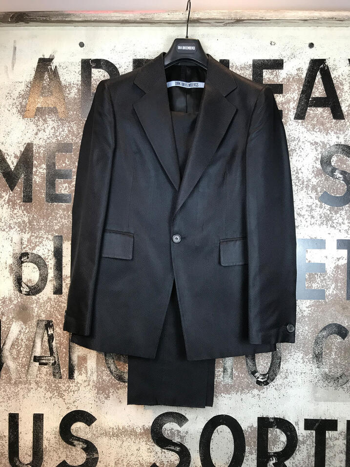 Harveys Dirk Bikkembergs Suit 2010